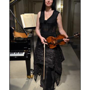 Sara Chenal - Fabienne Dimanov Paris