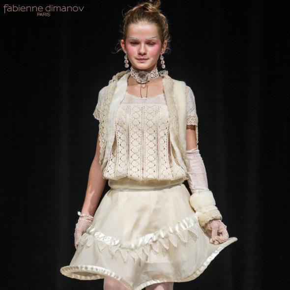 fleur australe - cortège fillette - Fabienne Dimanov Paris