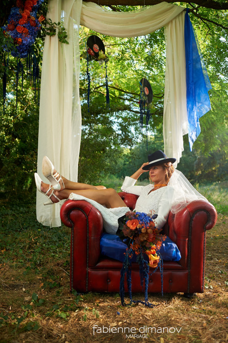 Orange-Blue - Shooting d'inspiration - Mariage Rock Cécile & Junior - photo @larrypictureart